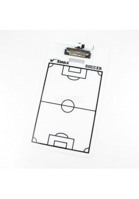 Balta taktinė lenta su markeriu futbolui.